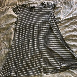 Gray & White Striped Tent Style Cap Sleeve Dress